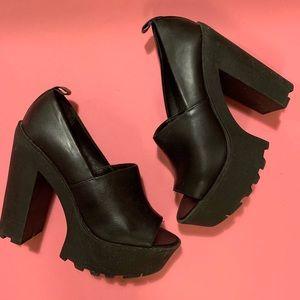 Forever 21 Black Platform Shoes